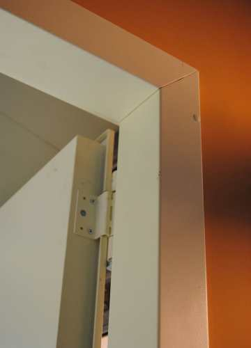 Fire Rated Doors With Embracing Frame to Install on Plasterboard Partitions